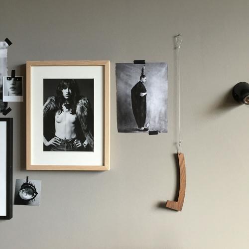 Bookstock von Raumgestalt - Lesezeichen zum Bücher & Magazine hängen